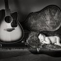 newborn-guitar
